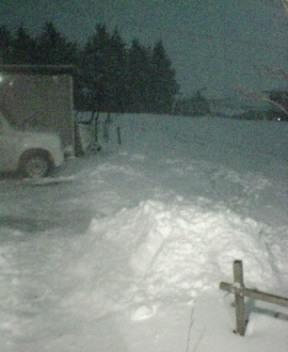 ホラー映画のような雪景色